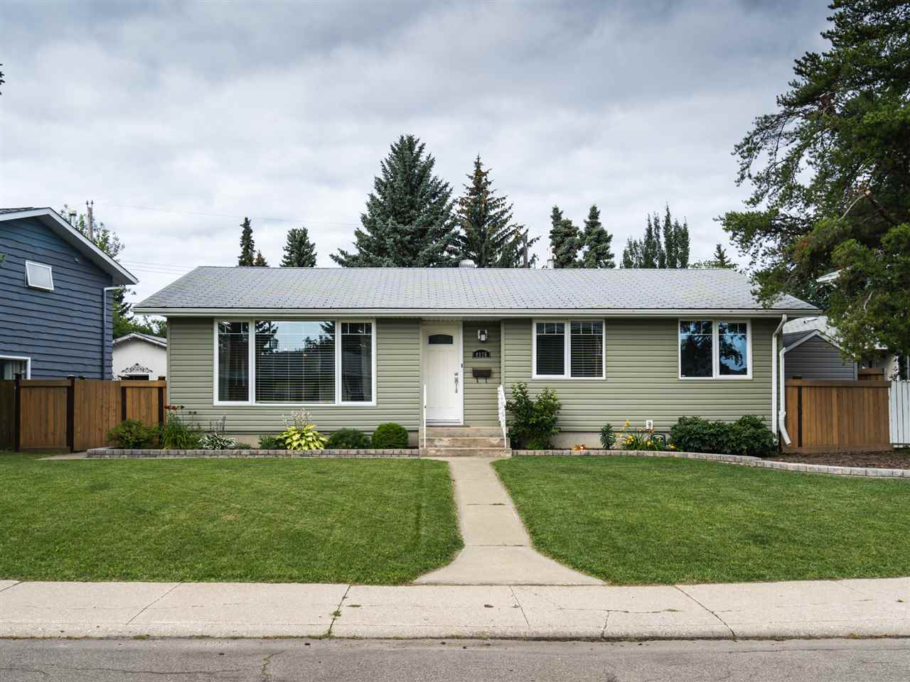 MLS® listing #E4170586 for sale located at 4036 120 Street