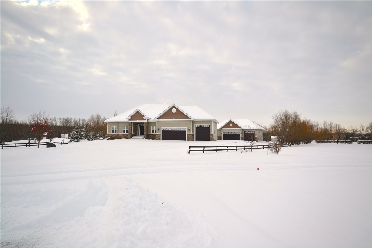 MLS® listing #E4170753 for sale located at 145 52555 RR 223