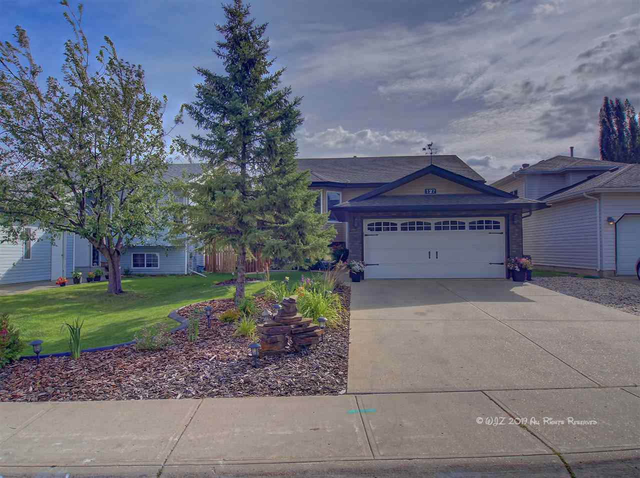 MLS® listing #E4171091 for sale located at 127 CRYSTAL Lane