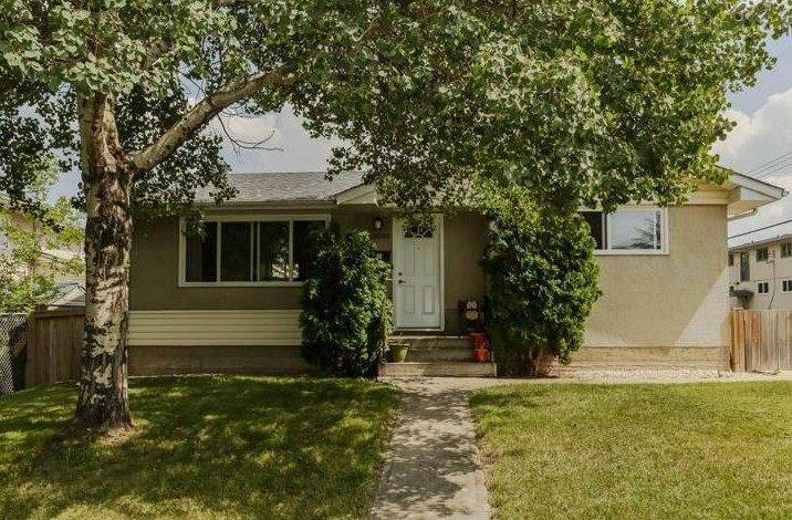 MLS® listing #E4171910 for sale located at 11809 38 Street