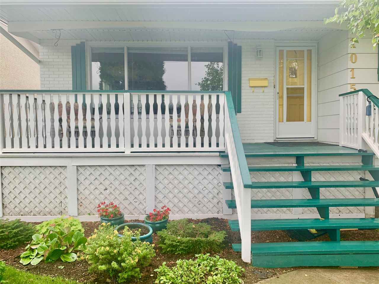 MLS® listing #E4172134 for sale located at 1015 87 Street NW