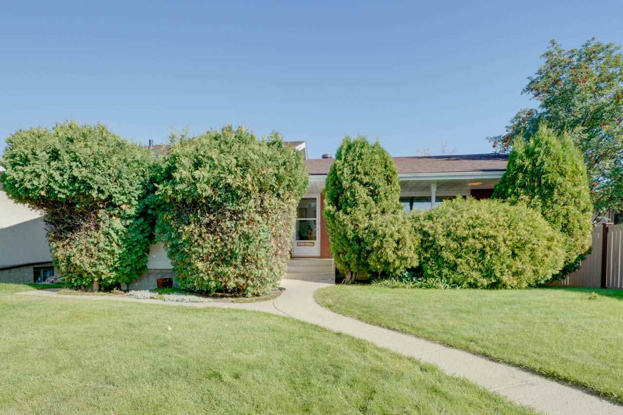 MLS® listing #E4172398 for sale located at 11708 39 A Avenue