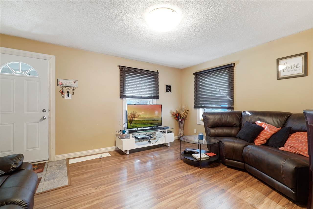 MLS® listing #E4172399 for sale located at 11520 86 Street
