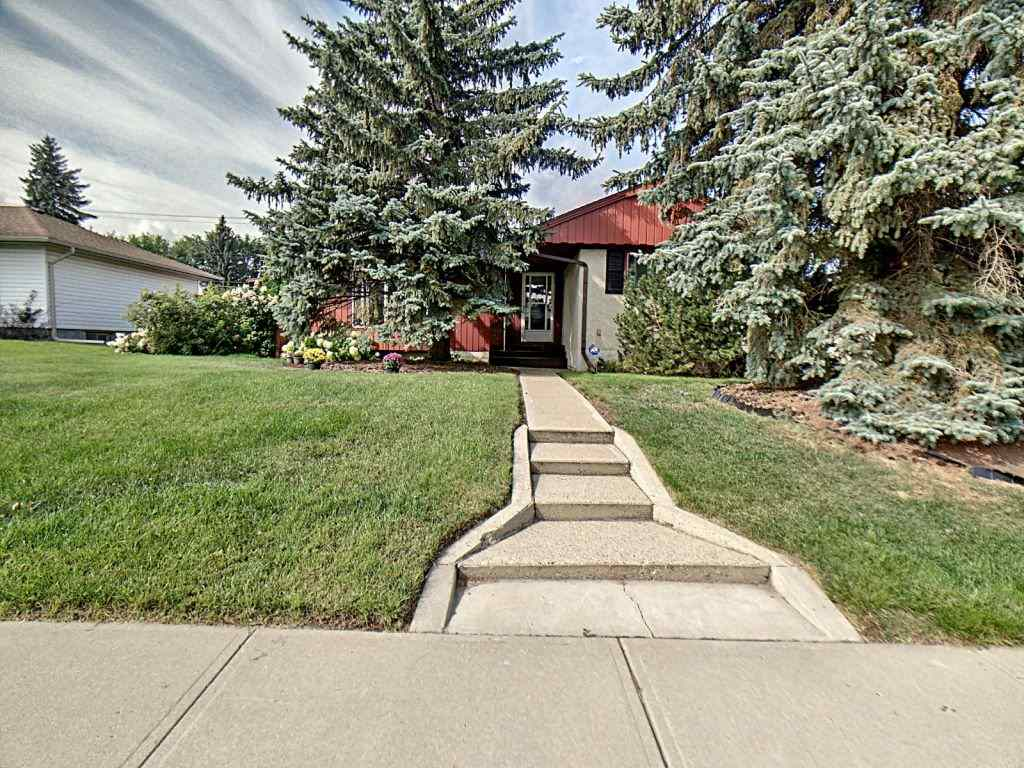 MLS® listing #E4172466 for sale located at 10532 48 Street