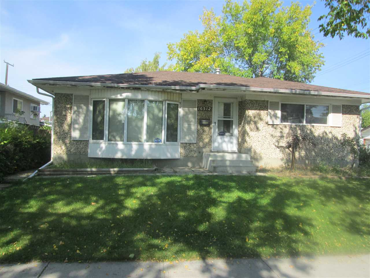 MLS® listing #E4172845 for sale located at 16512 93 Avenue