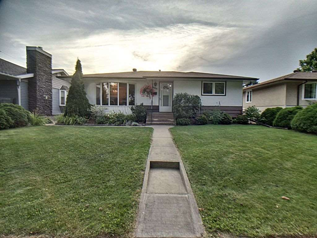 MLS® listing #E4173199 for sale located at 9624 76 Street