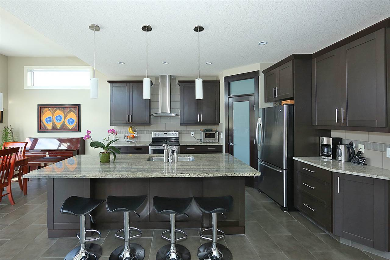 MLS® listing #E4173615 for sale located at 4090 MACTAGGART Drive