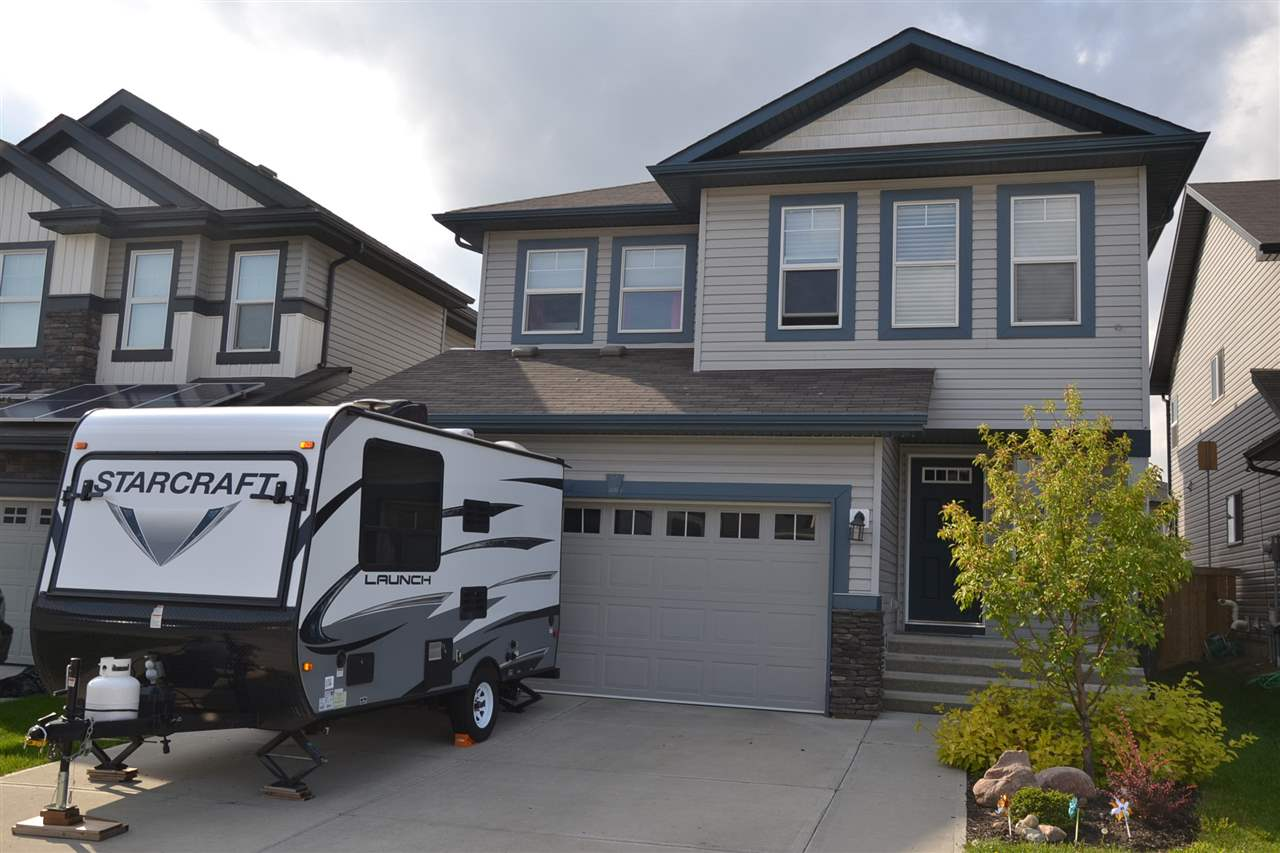MLS® listing #E4173710 for sale located at 734 37A Avenue