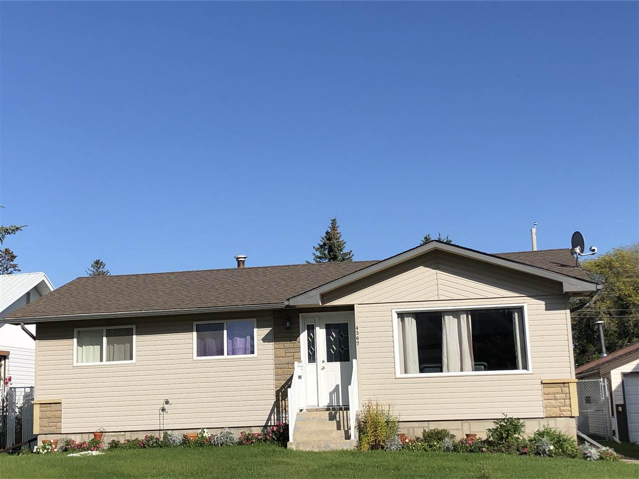MLS® listing #E4173789 for sale located at 4307 53 Street