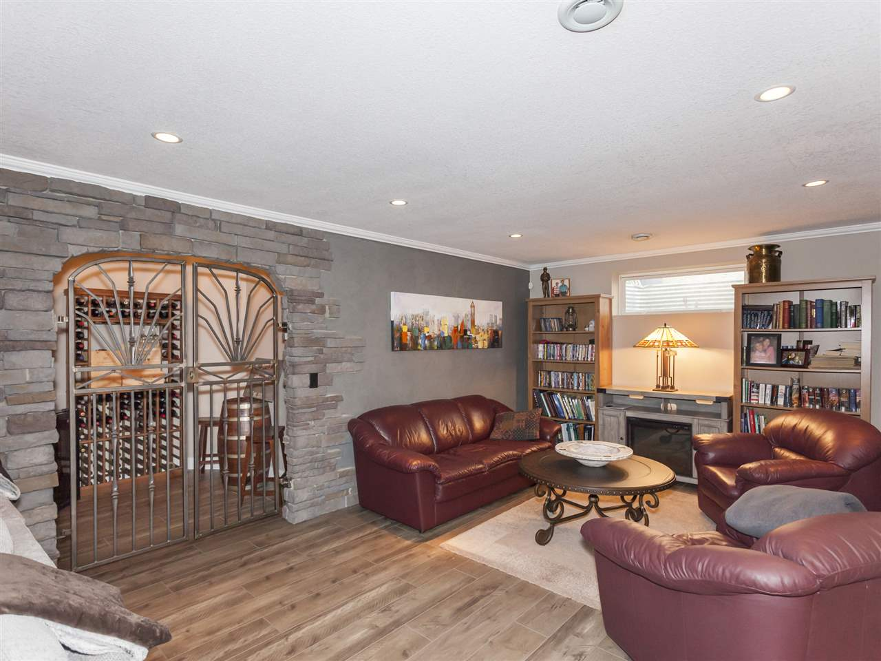 MLS® listing #E4173812 for sale located at 17 CROCUS Way