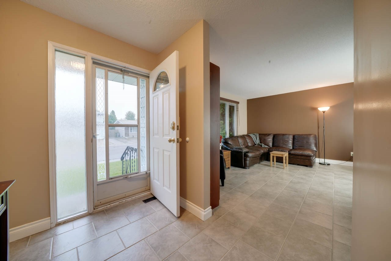 MLS® listing #E4173937 for sale located at 5304 46 Street