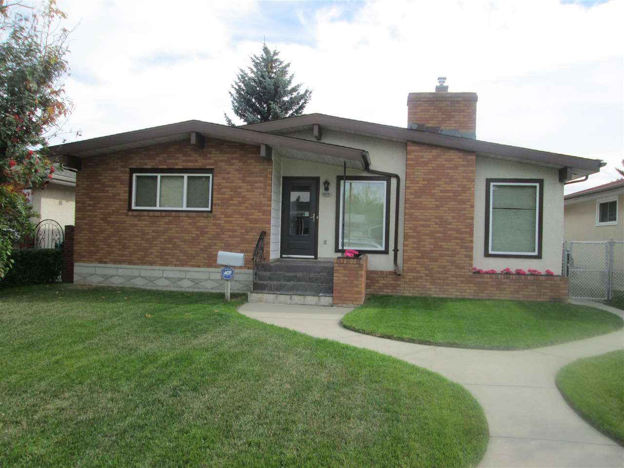 MLS® listing #E4173957 for sale located at 3619 108 Street