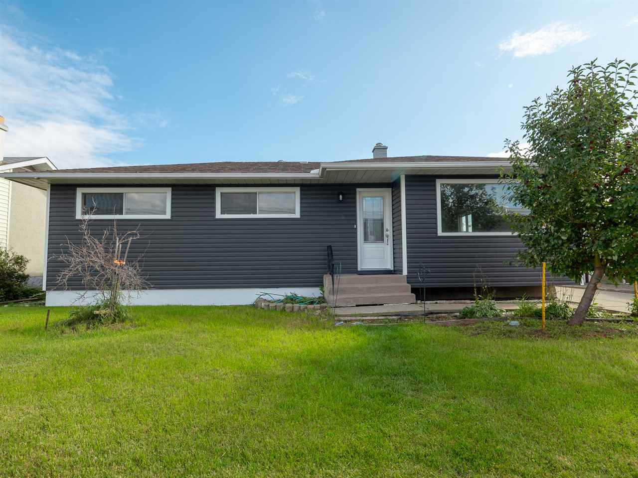 MLS® listing #E4174322 for sale located at 9401 163 Street