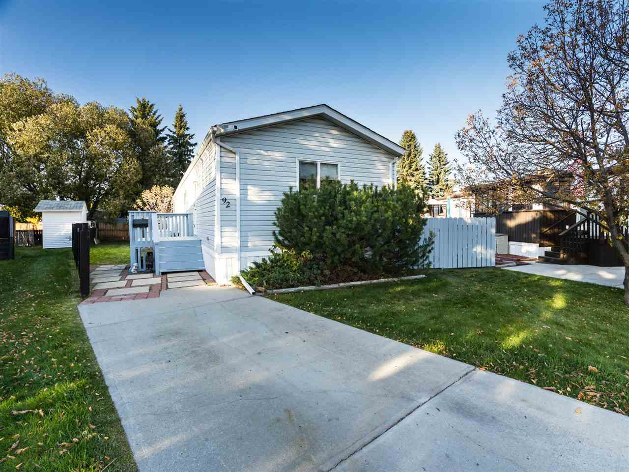 MLS® listing #E4177072 for sale located at 92 12604 153 Avenue