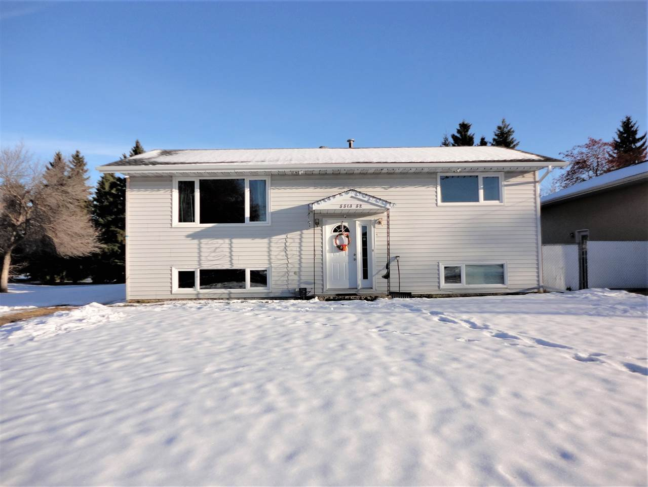 MLS® listing #E4177385 for sale located at 5513 52 Street