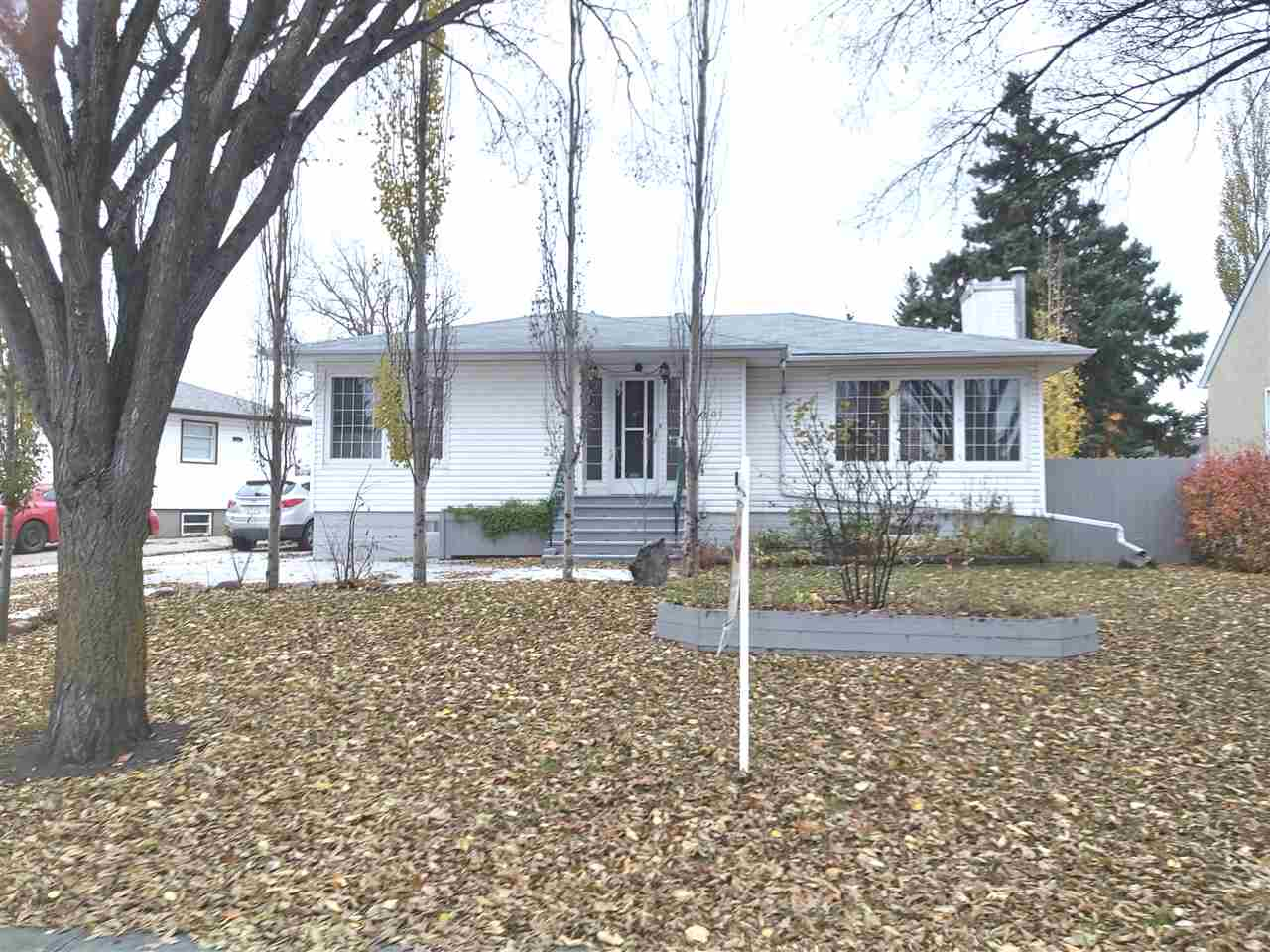 MLS® listing #E4177863 for sale located at 11307 113 Avenue