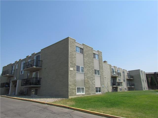 1619 Scenic Heights S, 2 bed, 1 bath, at $133,500