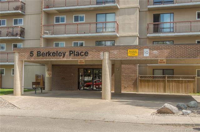 5 Berkeley Place W, 1 bed, 1 bath, at $109,900