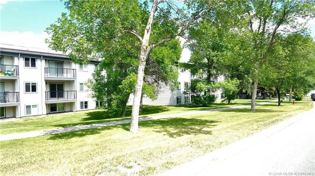 295 Columbia Boulevard W, 2 bed, 1 bath, at $134,900