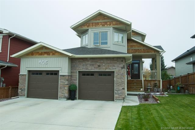 905 Canyonview Place W, 4 bed, 4 bath, at $449,900