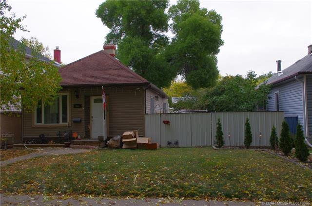 955 10 Street S, 2 bed, 1 bath, at $172,000