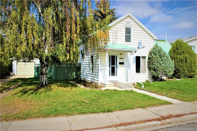210 49 Avenue, 2 bed, 1 bath, at $124,000