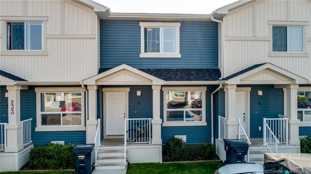 233 Silkstone Road W, 3 bed, 2 bath, at $192,900