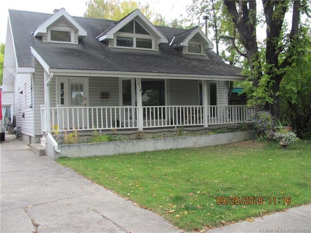 719 17 Street N, 3 bed, 3 bath, at $242,500