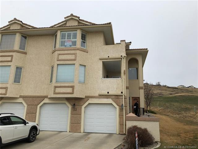 33 Canyon Court W, 2 bed, 2 bath, at $230,000