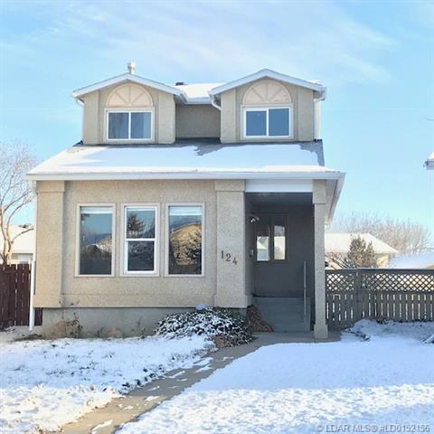124 Lakhota Crescent W, 3 bed, 3 bath, at $234,000