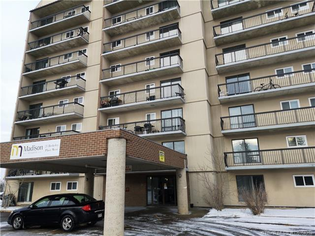 21 Berkeley Place, 2 bed, 1 bath, at $139,900