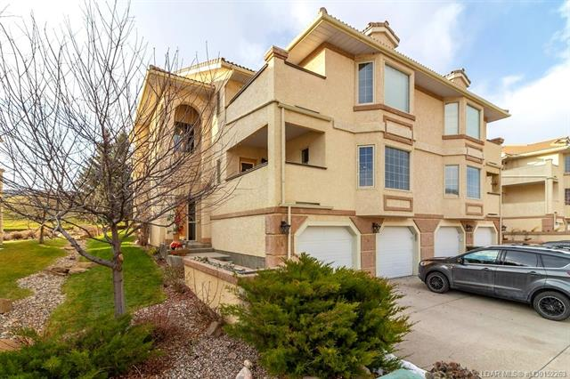 9 Canyon Court W, 2 bed, 2 bath, at $230,000