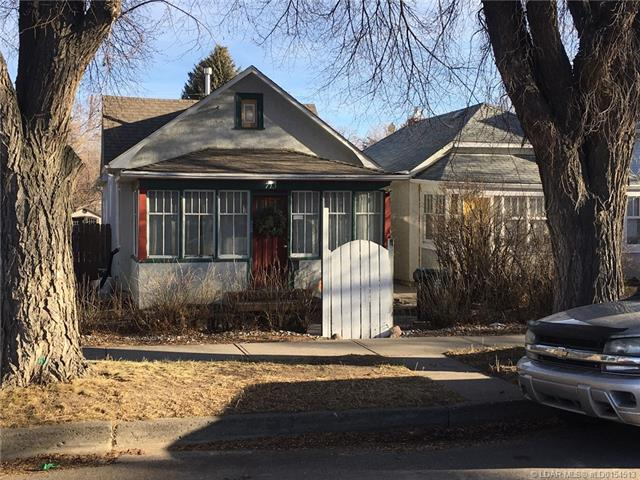 713 6 Street S, 2 bed, 1 bath, at $183,900