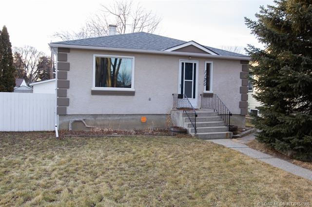 1120 17 Street S, 3 bed, 1 bath, at $225,000