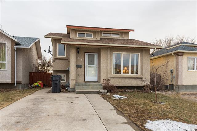 221 Mt Crandell Crescent W, 4 bed, 2 bath, at $249,900