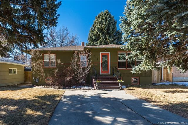 522 19 Street S, 4 bed, 2 bath, at $319,900