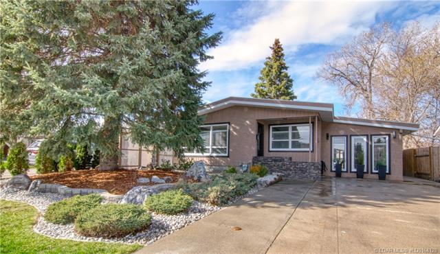1519 17 Avenue S, 4 bed, 2 bath, at $359,900
