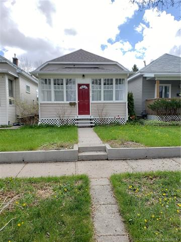 617 15 Street S, 2 bed, 1 bath, at $156,900