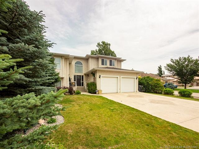 41 Canyon Close W, 4 bed, 4 bath, at $449,900