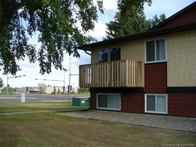 5 Acadia Road W, 2 bed, 1 bath, at $159,900