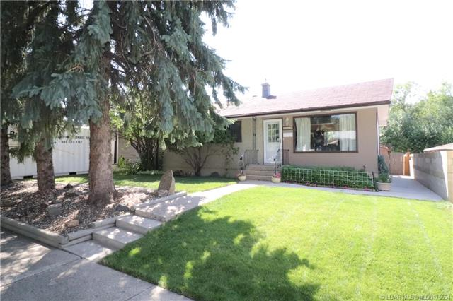 1116 11 Street S, 3 bed, 2 bath, at $250,000
