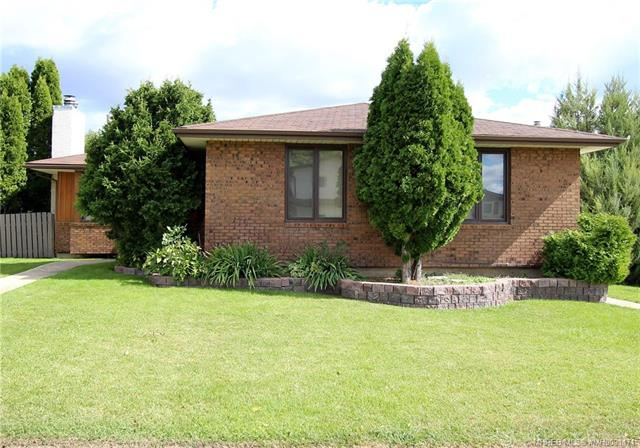 237 7 Avenue NW, 4 bed, 3 bath, at $325,000