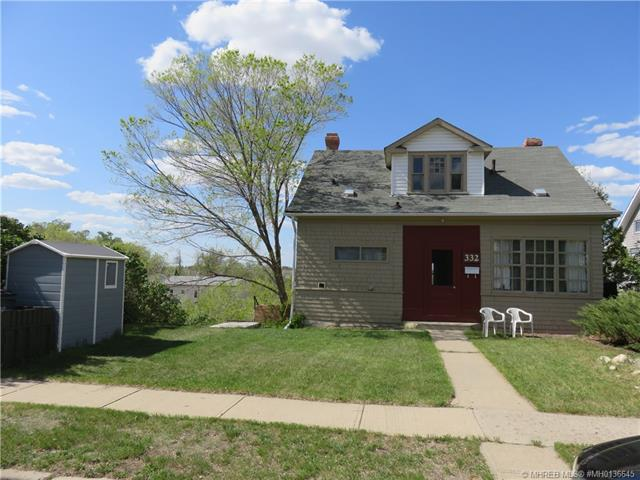 332 5 Street SE, 3 bed, 2 bath, at $139,000