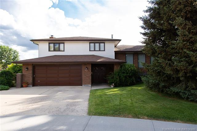 37 Bluebell Court SE, 5 bed, 3 bath, at $574,500