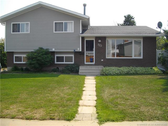 123 Rossland Road SE, 3 bed, 3 bath, at $309,000