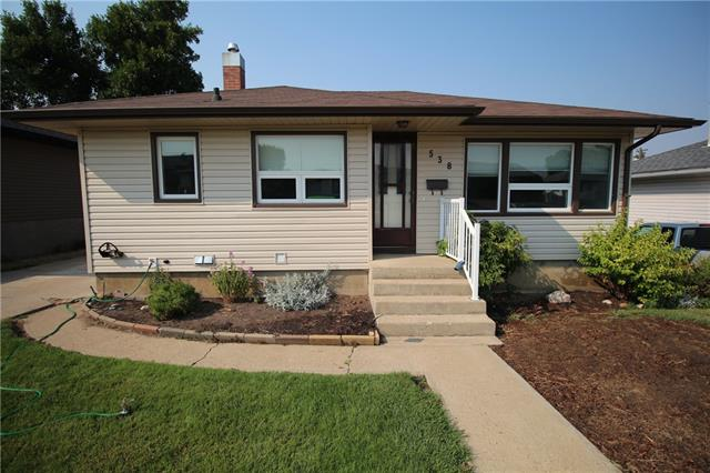 538 6 Street SW, 3 bed, 2 bath, at $254,900