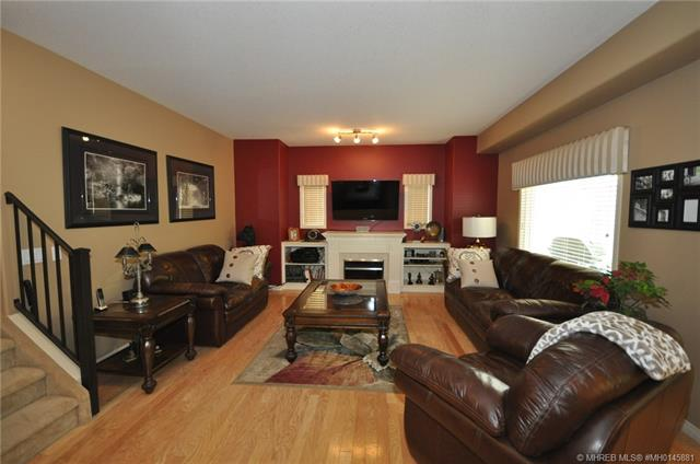 67 Northlands Way NE, 3 bed, 4 bath, at $374,900