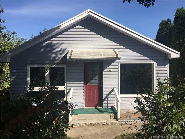 1162 Queen Street SE, 2 bed, 1 bath, at $129,900