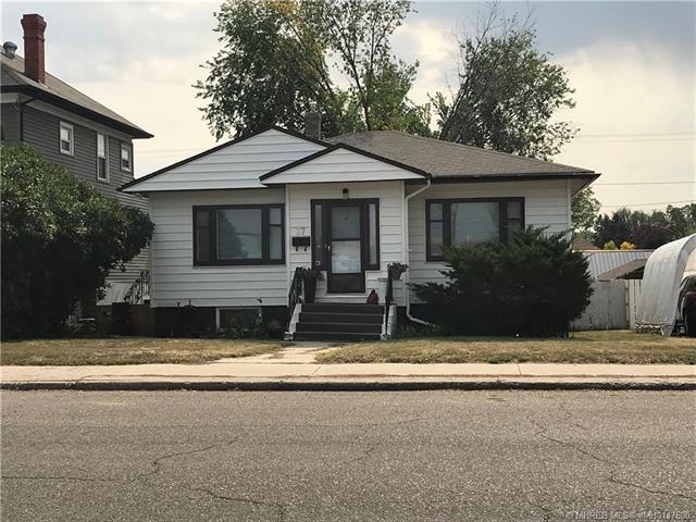 37 4 Street SW, 4 bed, 2 bath, at $244,900