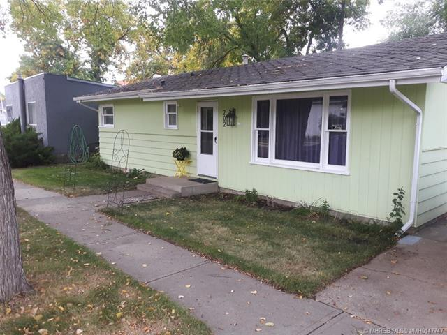 202 2 Street NW, 2 bed, 2 bath, at $255,000